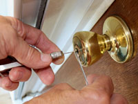 Locksmith services Milton - lock picking